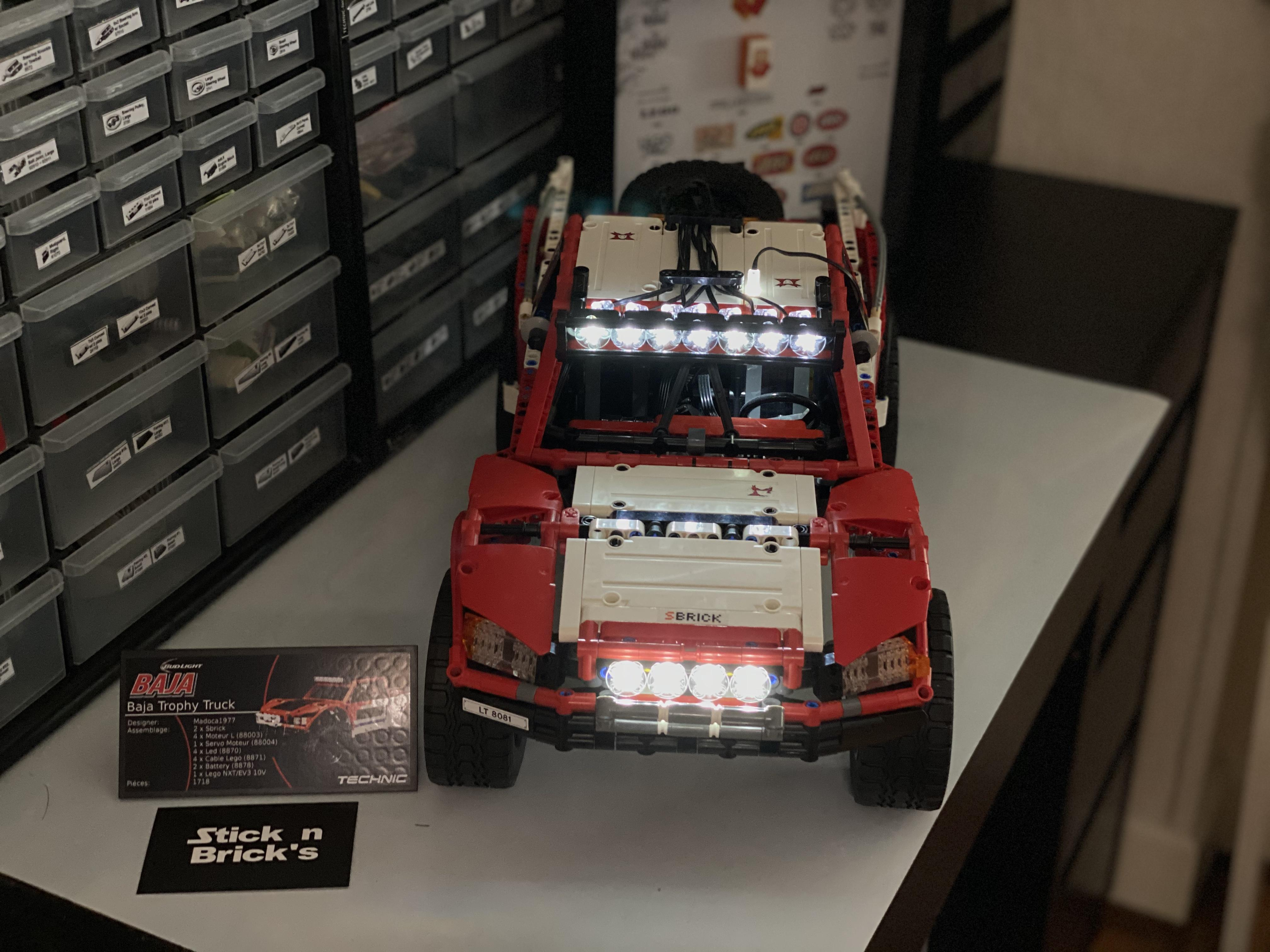 Baja Trophy Truck luzes